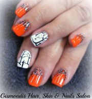 day 289 black & orange nail art