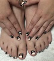day 351 head toe penguin nail