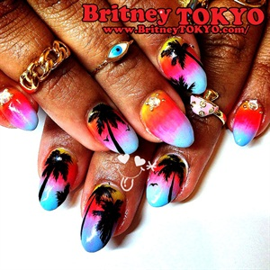 But Am Active In Los Angeles New York And Tokyo My Nail Designs Are Inspired By American Pop Art Harajuku Fashion Most Of Filled
