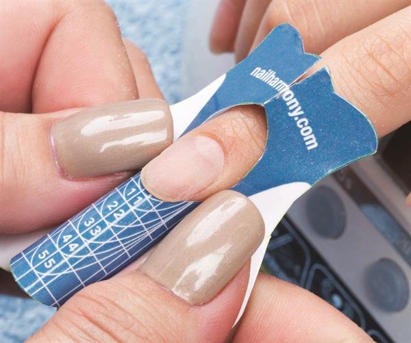 Hand Nail Harmony S Prohesion Technique Nails
