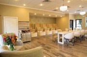show and with salon design