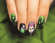 scary minnie mouse halloween nail