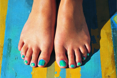 Paint toes teal and tell friends about Ovarian Cancer