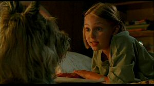 AnnaSophia Robb and the titular pooch from Because of Winn-Dixie