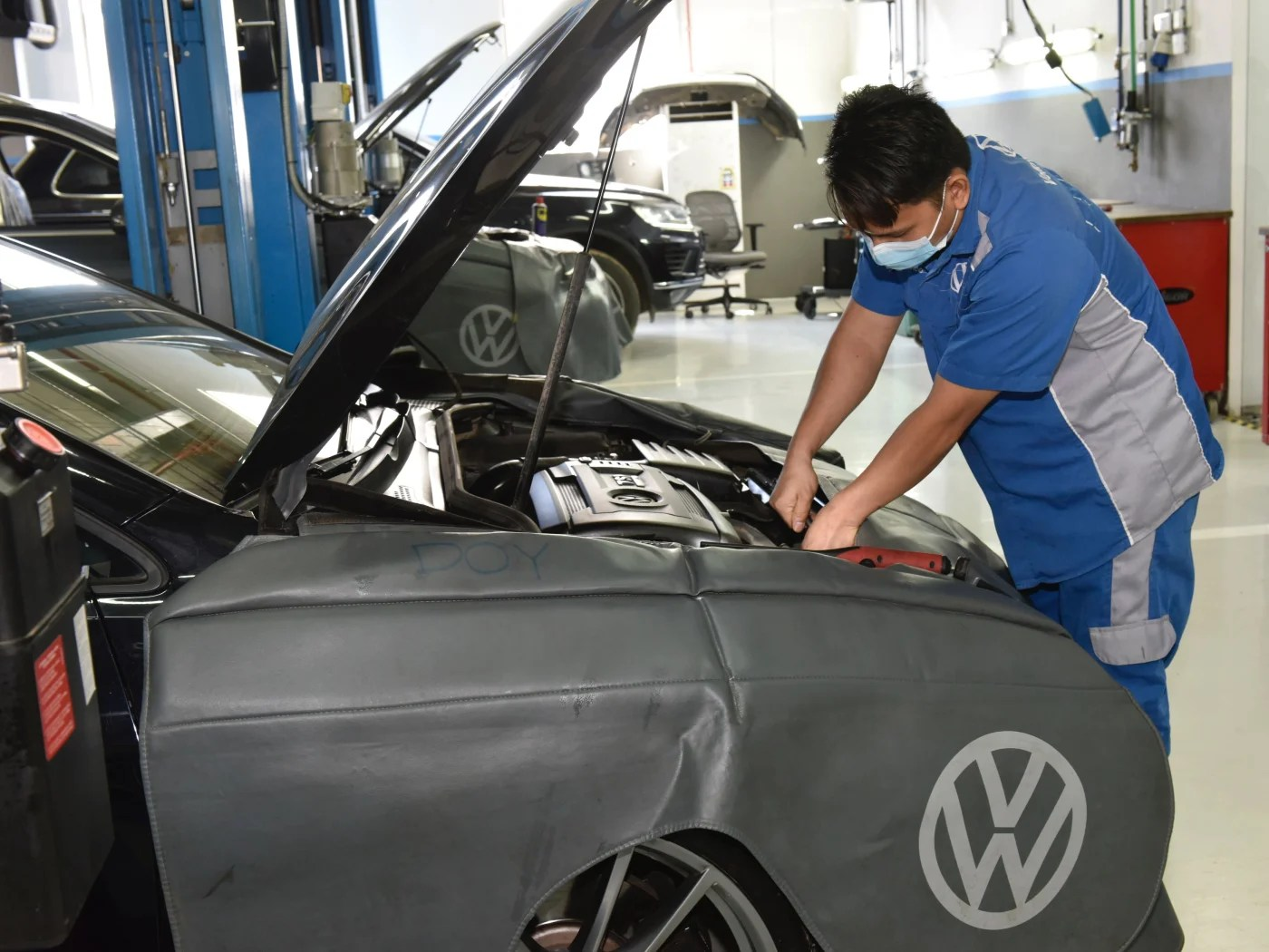 Top 100 call center services april 2021 review this list of best call services on the market to determine the best fit for your company. Contact Us At Volkswagen Service Center Riyadh Samaco Automotive Volkswagen