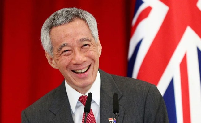 Singapore Pm Lee Hsien Loong Says Fake News Law Not