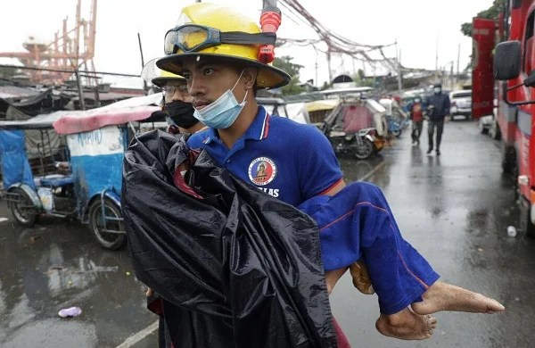 Super typhoon Goni batters Philippines, onemillion in shelters