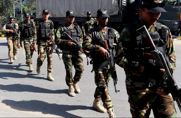 Four Pakistani soldiers killed in clash with militants