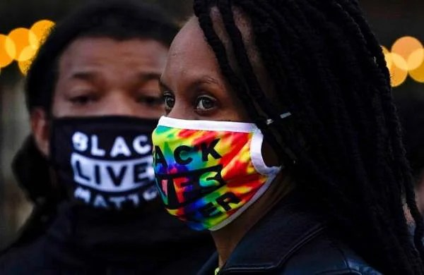 Official apologizes to woman hit by rubber bullet in BLM protest, wants towork together
