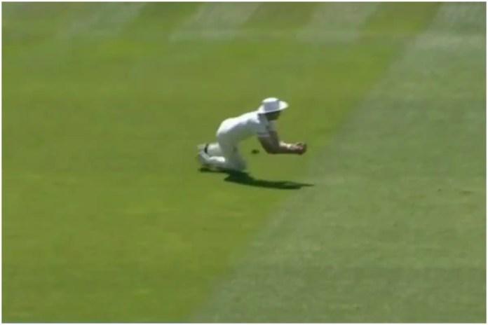 स्टुअर्ट ब्रॉड ने लॉर्ड्स टेस्ट के दूसरे दिन कीवी बल्लेबाज टिम साउदी का आसान सा कैच छोड़ दिया और ओली रॉबिनसन 5 विकेट नहीं ले पाए. (Social media)