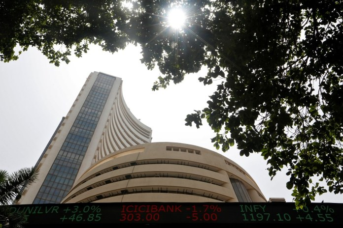 Nifty, Sensex Ride High on ICICI Bank, Reliance Surge | Latest News Live | Find the all top headlines, breaking news for free online April 26, 2021