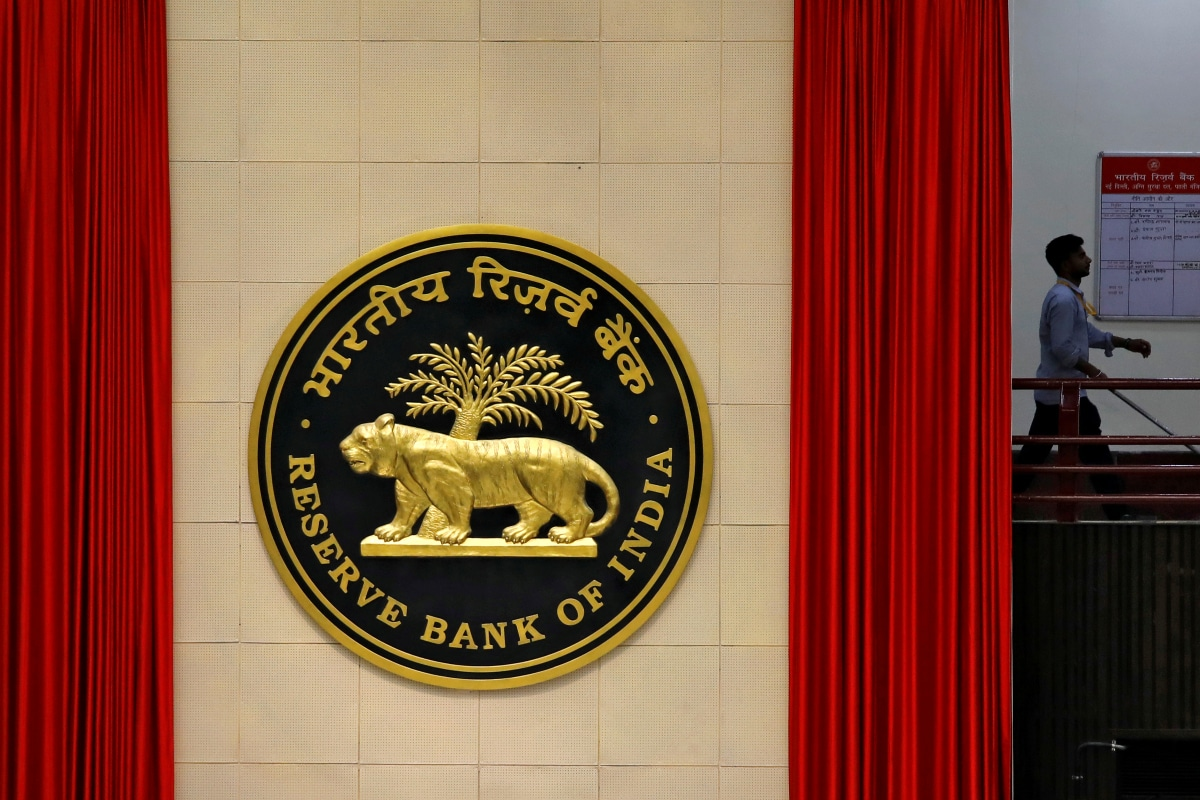 RBI Restricts American Express, Diners Club from Onboarding New Customers from May 1