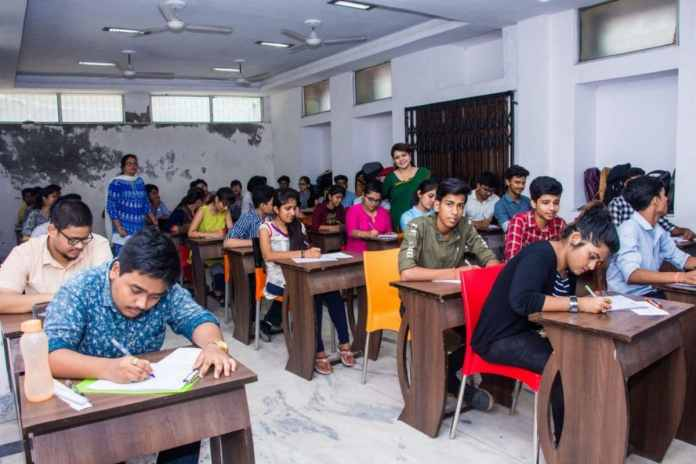Cbse Twelfth Non-Public College Students Declare Delayed Boards Will Have An Effect On Faculty Admissions, Say No To Offline Exams