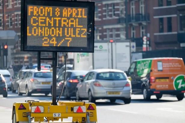 Air pollution sign