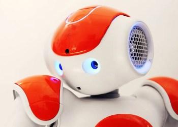 Trash-talking robot troll makes people worse at playing video games