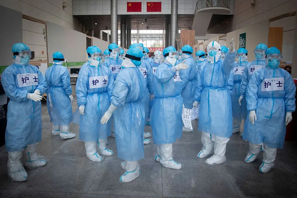 Coronavirus infections spike to 15,000 new Chinese cases in a day ...