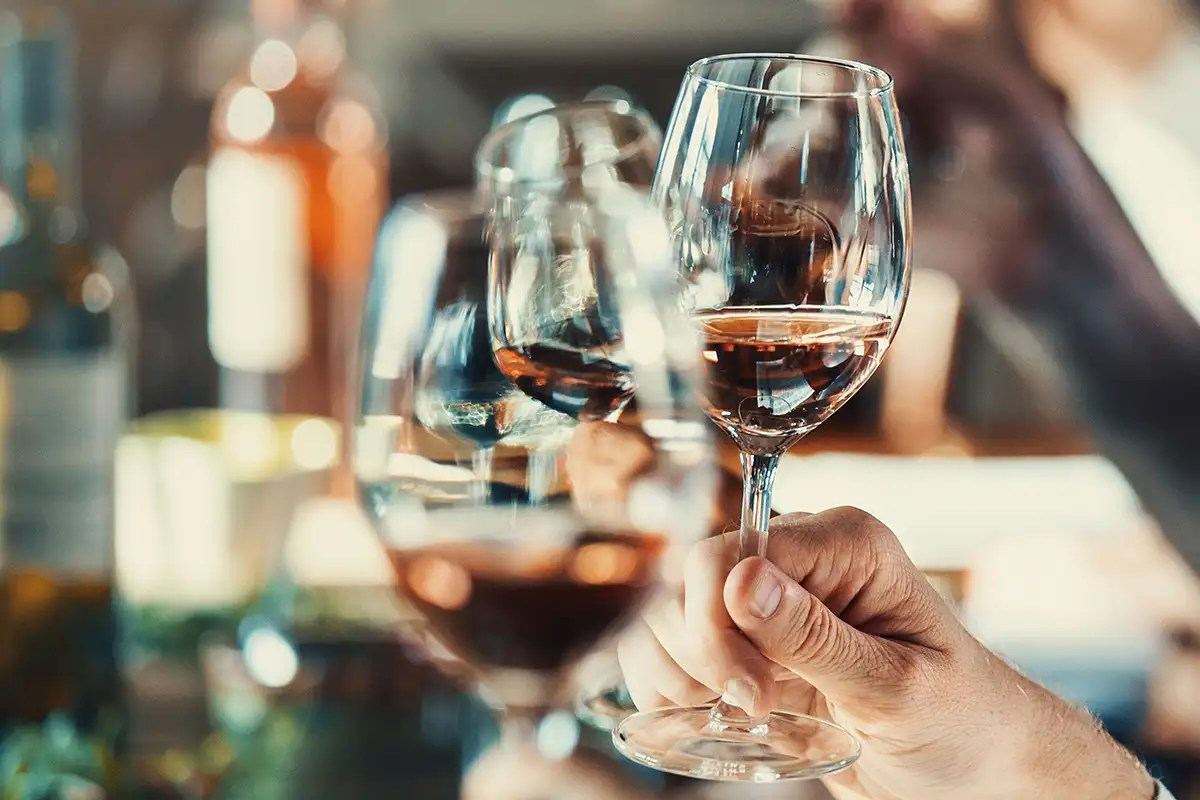 We now know what causes wine legs to drip down inside a glass