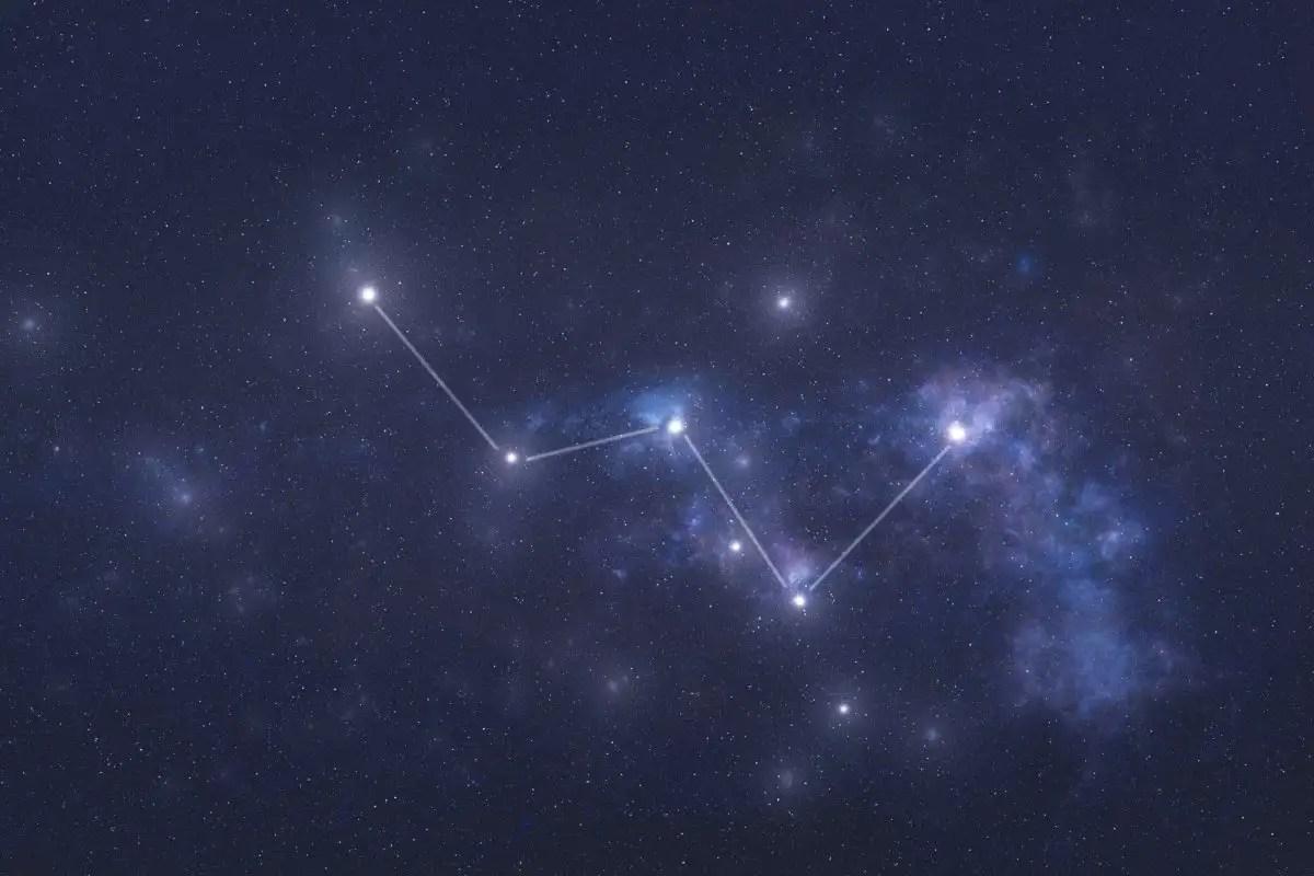 बाहरी अंतरिक्ष में 2AWA10X कैसिओपिया तारामंडल तारे।  कैसिओपिया नक्षत्र रेखाएँ।  इस छवि के तत्वों को नासा द्वारा प्रस्तुत किया गया था