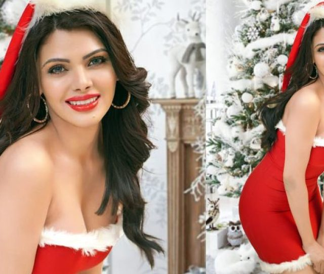 Sherlyn Chopra Sexy Photos Divas Santa Avatar Is Too Hot To Handle