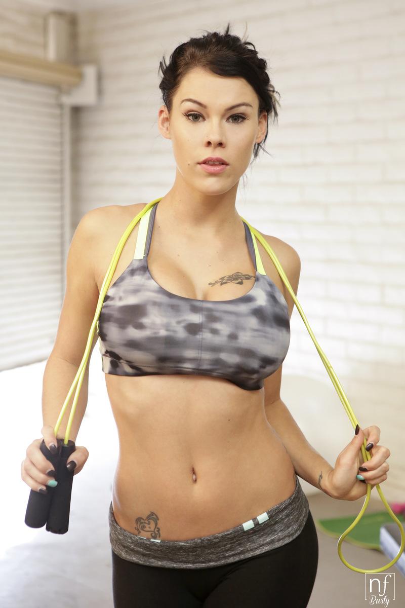 NFBusty.com - Peta Jensen,Ryan Driller: Big Boob Workout - S1:E4