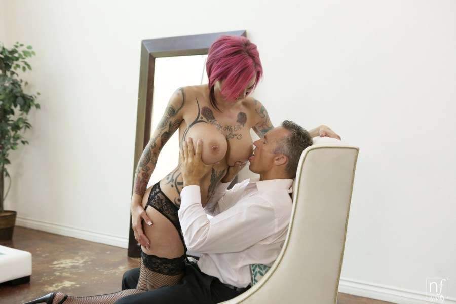 NFBusty.com - Anna Bell Peaks,Marcus London: Leather Submission - S1:E1