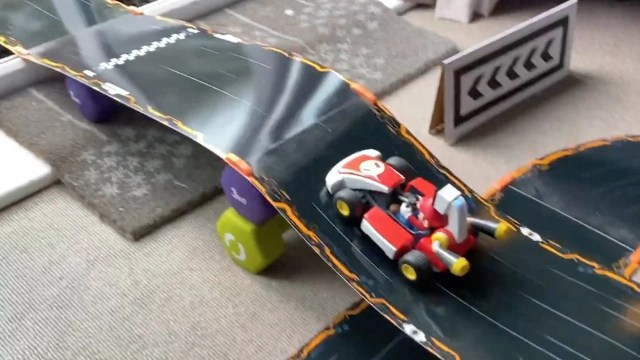 If You're Feeling Creative, Mario Kart Live: Home Circuit Even Works With Ramps And Tunnels 1