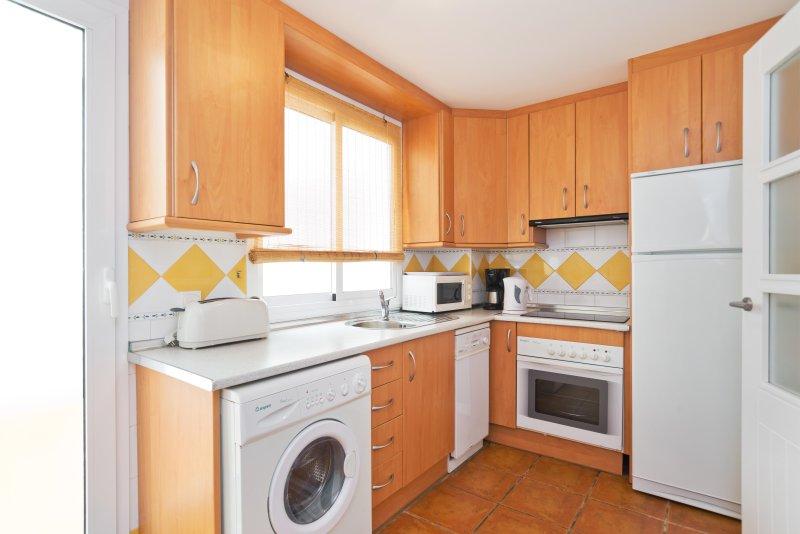 Pisos en alquiler en mojacar desde 290€ al mes, anuncios con muchas fotos, alquiler pisos baratos mojacar. Alquiler apartamento en Mojacar Playa, Andalucía con ...