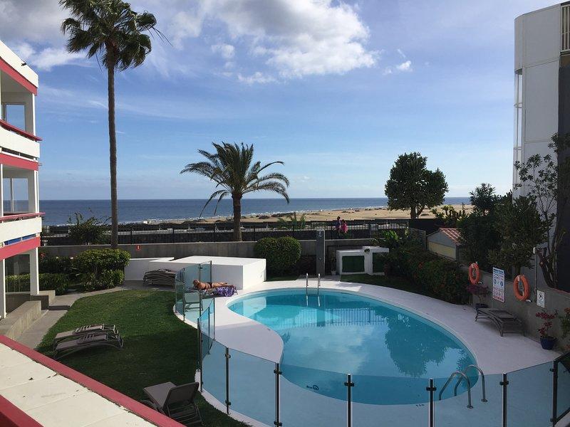 Luxory extra de dos dormitorios apartamento frente al mar. Alquiler apartamento en Maspalomas, Islas Canarias con ...