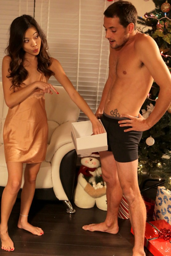Bratty Sis - Christmas Dick In A Box - S7:E12