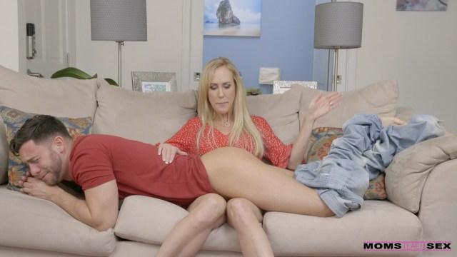 MomsTeachSex.com - Brandi Love,Kiara Cole: Moms The Boss - S9:E10