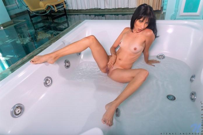 Nubiles.net - Atenas Andrade: Wet Fun