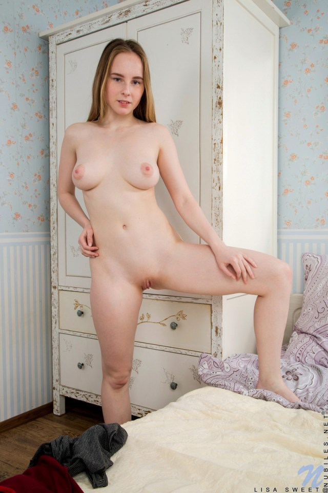 Nubiles.net - Lisa Sweet: Toy Lover