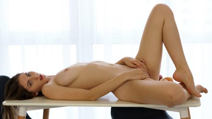 Nubiles.net - Sandra Phoenix: Young Beauty