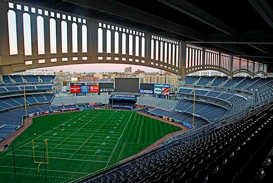 "26148a802 Notre Dame and Army will attempt to ""wake up the echoes"" Saturday when they  renew their historic college football rivalry at Yankee Stadium."