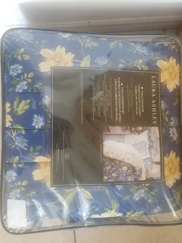 brand new ashley twin comforter set