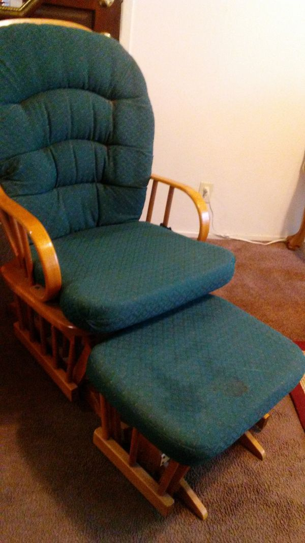 rocking chair footrest patio folding chairs padded with for sale in tracy ca offerup