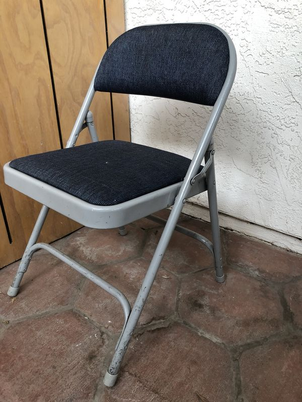 cushioned folding chairs pier one imports chair slipcovers for sale in san diego ca offerup