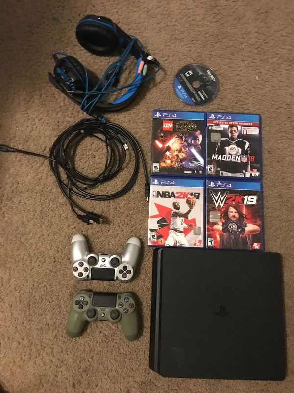 Playstation 4 Bundle for Sale in Lacey. WA - OfferUp
