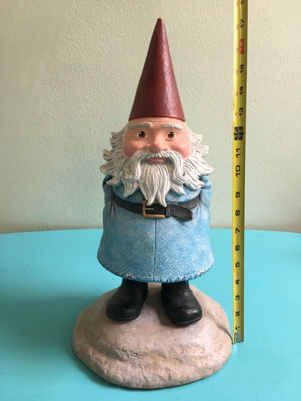 Official Travelocity Roaming Gnome Same As In Commercials For