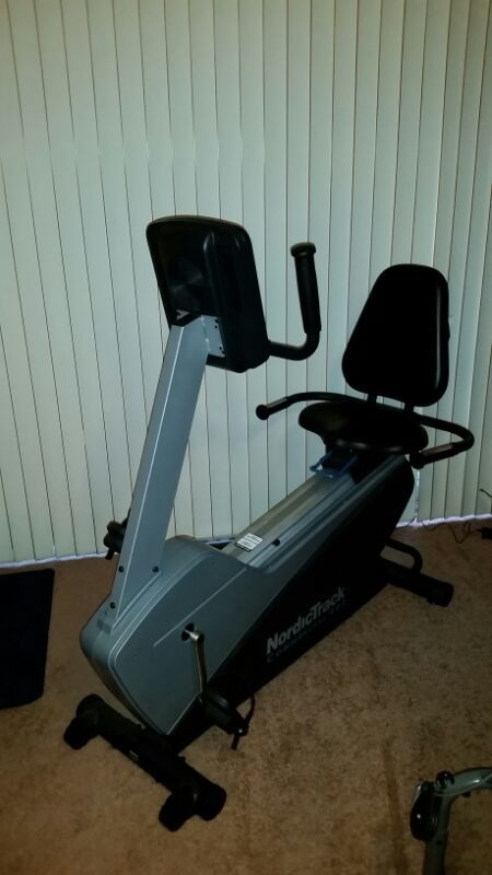 Nordictrack Commercial 400 Recumbent Bike : nordictrack, commercial, recumbent, NordicTrack, Commercial, Recumbent, Exercise, Bike., Barely, Used., Research, Model#, NTEX14807.0, Details., Hoffman, Estates,, OfferUp