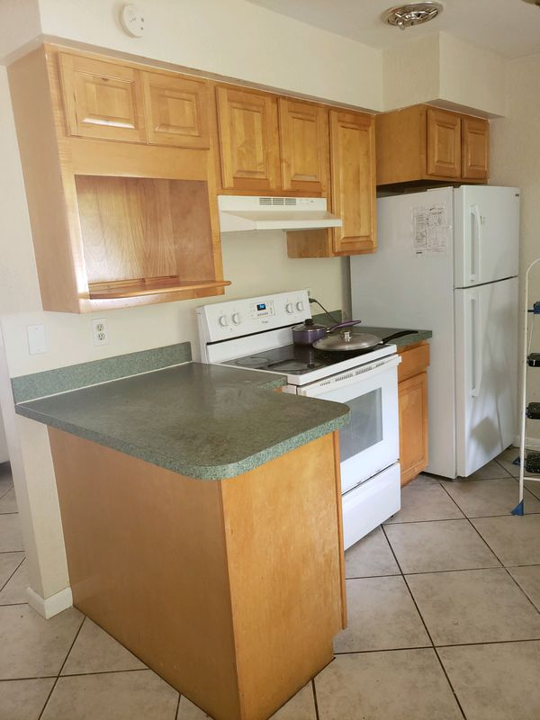 Whether gut renovating a new house or updating an apartment kitchen, here is a breakdown of popular kitchen cabinet styles for every taste. Kitchen cabinets for Sale in Melbourne, FL - OfferUp