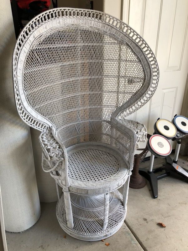 vintage peacock chair eames dining replica white wicker for sale in reno nv offerup