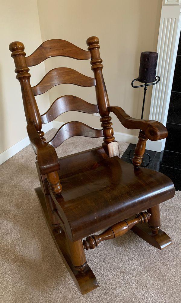 Paul Bunyan Furniture : bunyan, furniture, Solid, Bunyan, Rocking, Chair, Huntley,, OfferUp