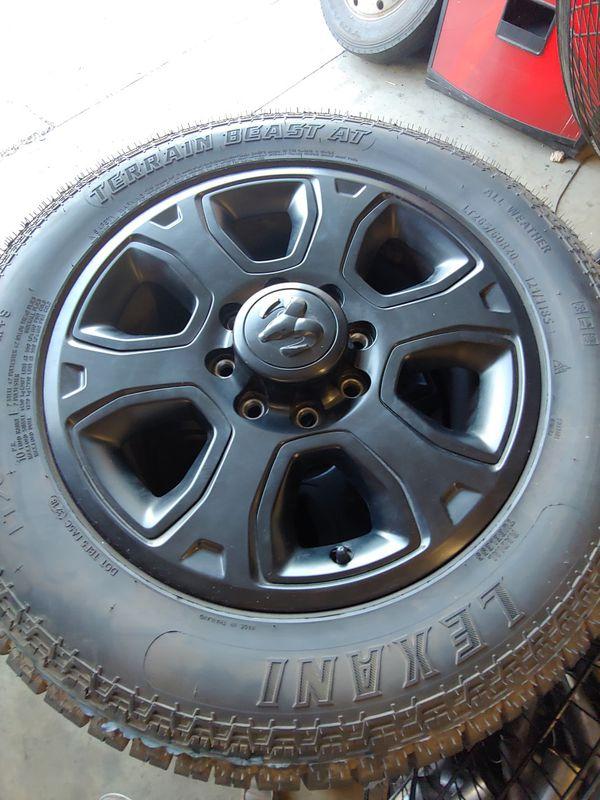 Dodge Ram 2500 Take Off Wheels : dodge, wheels, DODGE, BLACK, LONGHORN, SPORT, FACTORY, STOCK, WHEELS, CUMMINS, TIRES, 265/60R20, Santa, OfferUp
