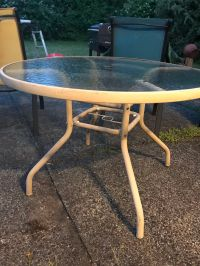 Patio table for Sale in Bellevue, WA