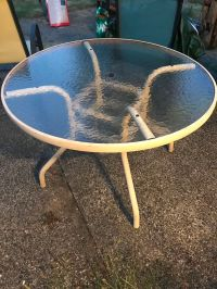Patio table for Sale in Bellevue, WA - OfferUp
