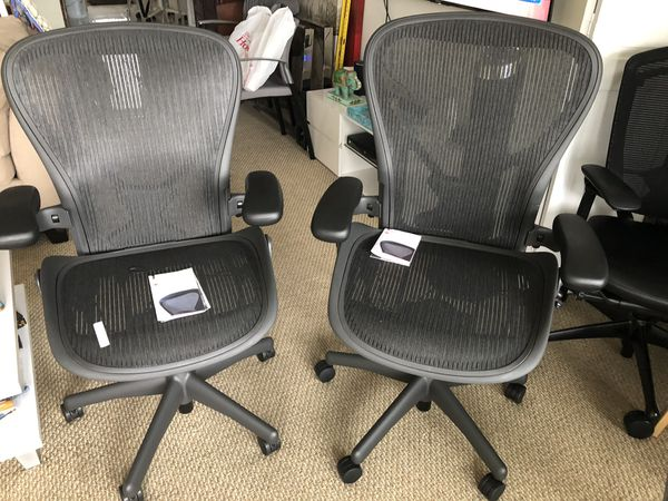 office chair herman miller aeron adirondack rocking chairs lowes size b all features fully adjustable arms tilt limiter and seat angle posturefit