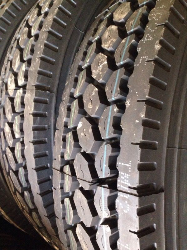 Used 11r22 5 Truck Tires For Sale : 11r22, truck, tires, 22.5,, 24.5,, Commercial, Truck, Tires, Houston,, OfferUp