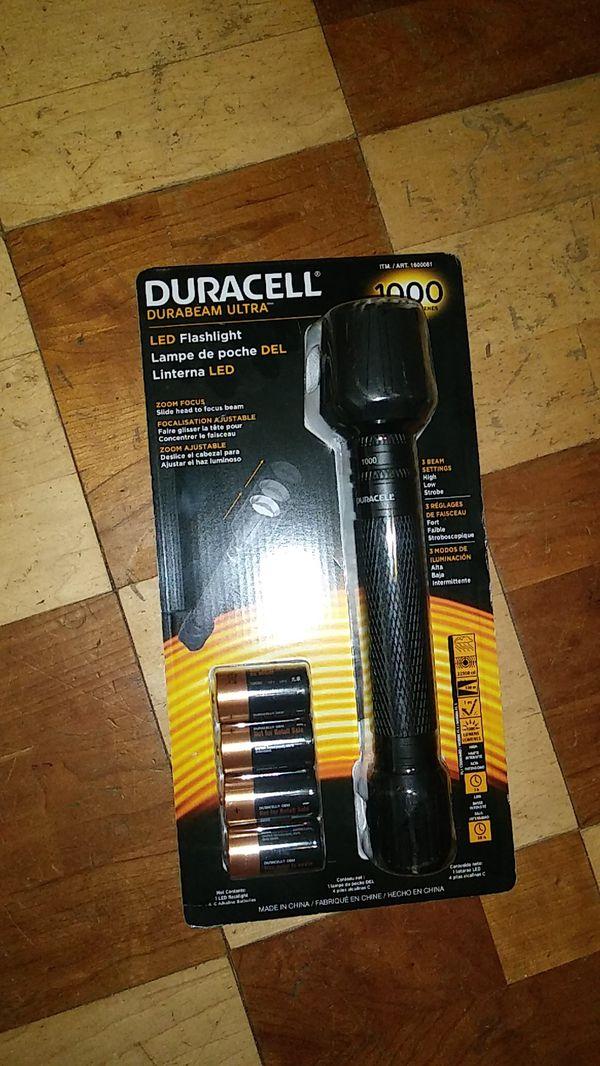 duracell durabeam ultra flashlight