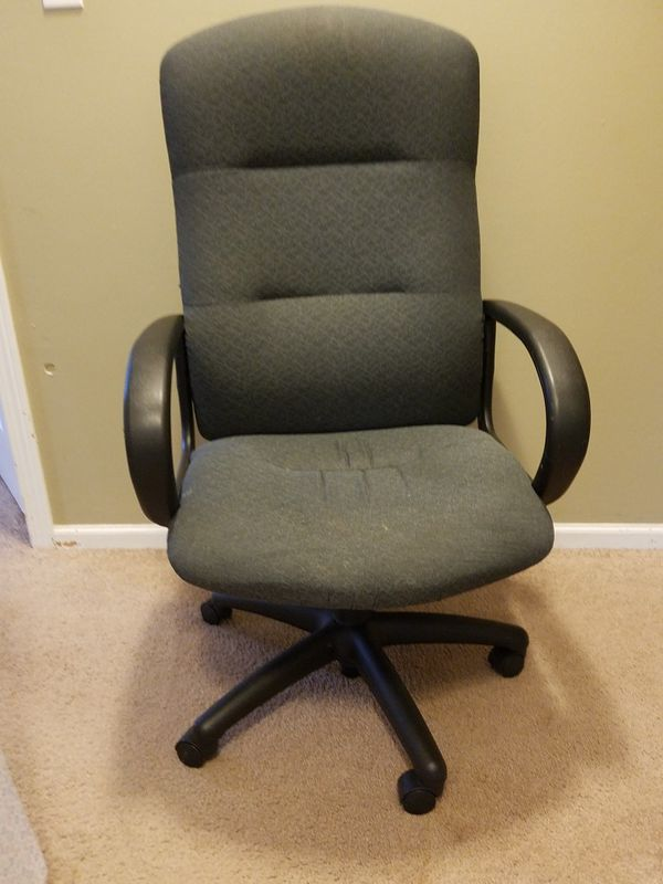 revolving chair used non slip pads for sale in west des moines ia offerup